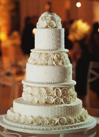 wedding cake bakery the knot all white wedding cakes the knot a wedding cake company 21969